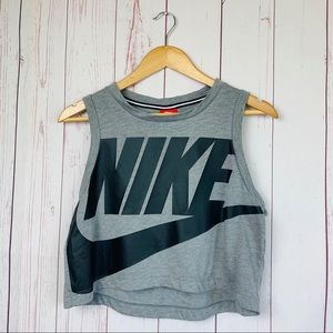 Nike Women's Cropped Graphic Muscle Tank Medium